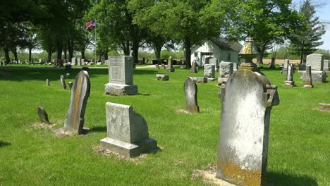 A-traditional-American-cemetery-in-a-rural-area