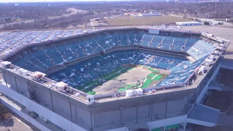 Aerial-over-the-abandoned-and-incredibly-spooky-Pontiac-Silverdome-football-stadium-near-Detroit-Michigan