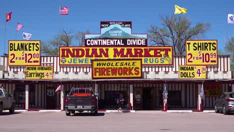 A-tacky-roadside-American-Indian-souvenir-shop-in-New-Mexico-1