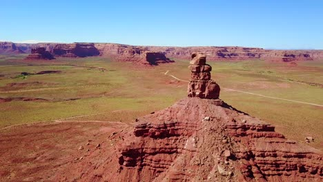 Incredible-aerial-around-the-buttes-and-rock-formations-of-Monument-Valley-Utah