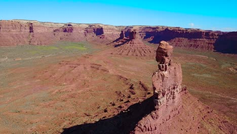 Aerial-through-the-buttes-and-rock-formations-of-Monument-Valley-Utah-2
