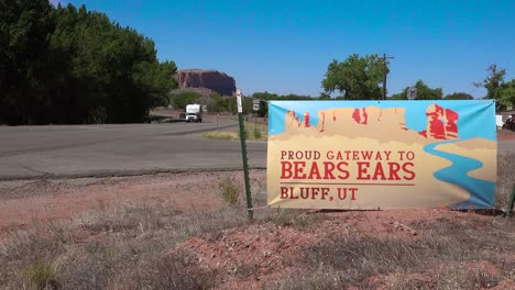 A-sign-along-the-road-welcomes-visitors-to-Bears-Ears-National-Monument