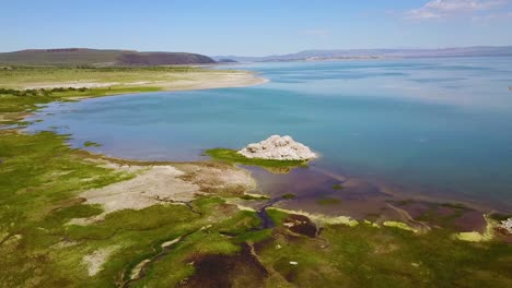 An-aerial-over-Mono-Lake-in-the-Sierra-Nevada-mountains-of-California-1