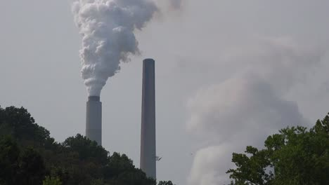 Smokestacks-belch-pollution-into-the-atmosphere-releasing-greenhouse-gas-and-contributing-to-global-warming