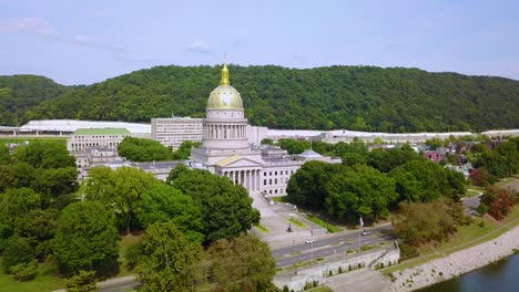 Beautiful-aerial-of-the-capital-building-in-Charleston-West-Virginia