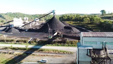 Good-aerial-over-a-coal-mine-in-West-Virginia-5