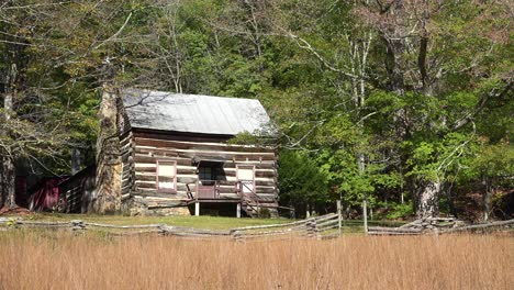 An-old-pioneer-cabin-in-the-hills-of-Appalachia-West-Virginia-1