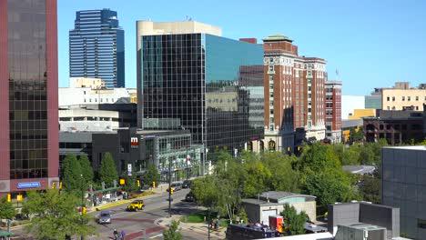 Establishing-shot-of-downtown-city-skyline-of-Grand-Rapids-Michigan