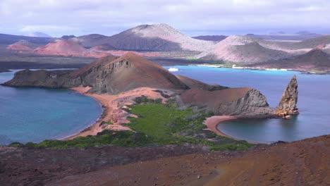 Establishing-shot-of-the-Galapagos-Islands-in-Ecuador-with-Pinnacle-Rock-in-distance-1