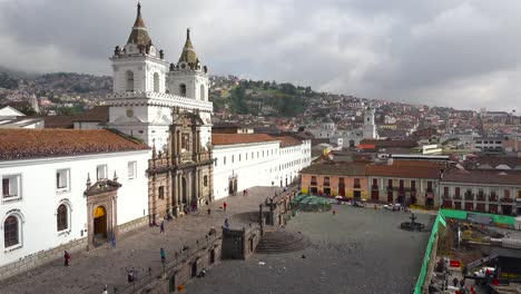 A-pretty-establishing-shot-of-Quito-Ecuador-with-the-San-Francisco-church-and-convent-foreground