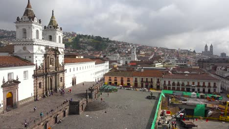 A-pretty-establishing-shot-of-Quito-Ecuador-with-the-San-Francisco-church-and-convent-foreground-1