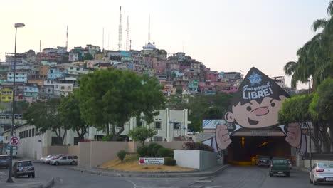 Los-Barrios-De-Tugurios-Del-Distrito-Pobre-De-La-Favela-En-Guayaquil-Ecuador