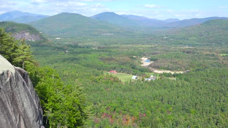 An-establishing-shot-of-the-White-Mountains-in-New-Hampshire-1