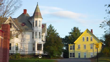 Old-Victorian-houses-along-a-quiet-street-in-New-England