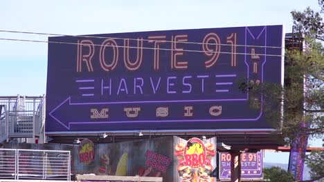 2017---Signs-for-the-Route-91-Harvest-music-festival-site-of-America-s-worst-mass-shooting-3