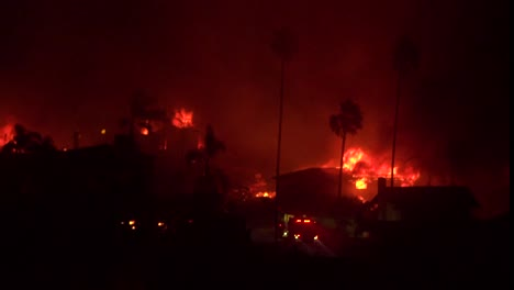 Homes-burn-all-across-hillsides-in-an-inferno-at-night-during-the-2017-Thomas-fire-in-Ventura-County-California-2