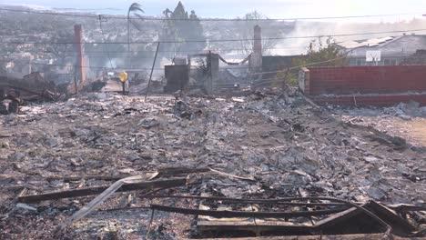 Propiedades-Destruidas-Arden-Y-Humean-Tras-El-Incendio-De-Thomas-De-2017-En-El-Condado-De-Ventura-California