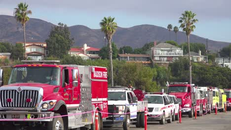 Firefighters-in-fire-trucks-lining-up-for-duty-at-a-staging-area-during-the-Thomas-Fire-in-Ventura-California-in-2017-2