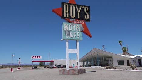 Establishing-shot-of-a-lonely-desert-gas-station-and-hotel-motel-cafe-in-the-Mojave-Desert-3