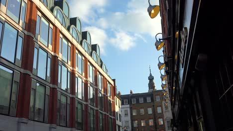 Plano-De-Establecimiento-De-Una-Calle-En-Londres-Que-Incluye-Apartamentos-Y-Negocios-
