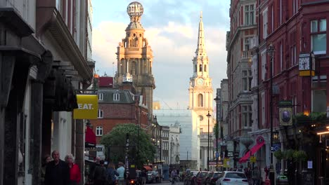 Busy-streets-in-London-s-theater-district-with-traffic