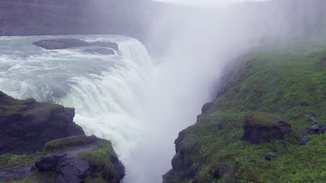 The-spectacular-and-massive-waterfall-Gullfoss-flows-into-a-narrow-canyon-in-Iceland