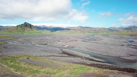 Aerial-of-the-outwash-pattern-and-flow-of-a-glacial-river-in-a-remote-highland-region-of-Iceland