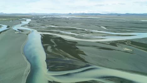 Aerial-of-the-outwash-pattern-and-flow-of-a-glacial-river-in-a-remote-highland-region-of-Iceland-3