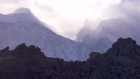 Beautiful-cloud-formations-over-Mt-Whitney-in-the-Sierra-Nevada-mountains-in-winter-1