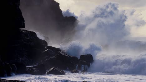 Extreme-slow-motion-of-beautiful-ocean-waves-crashing-into-Kaiaka-Rock-Molokai-Hawaii-7