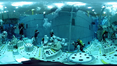 Astronauts-Train-For-Weightlessness-In-A-Pool-At-Nasa-Johnson-Space-Center-4