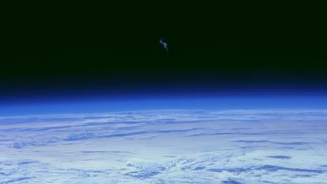 La-Tierra-Y-Las-Nubes-Desde-El-Espacio