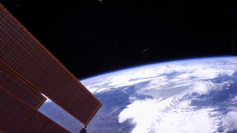 Die-Erde-Und-Die-Wolken-Von-Der-Internationalen-Raumstation