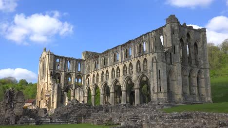 An-establishing-shot-of-Rievaulx-Abbey-abandoned-cathedral-in-England-1