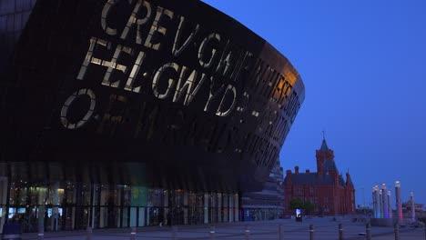 Buen-Disparo-De-Establecimiento-Del-Millennium-Center-En-Cardiff-Gales