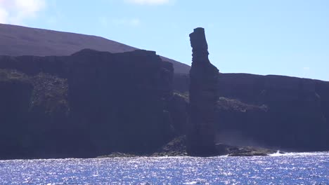 The-old-man-of-hoy-rock-formation-in-the-Orkney-Islands-of-Great-Britain