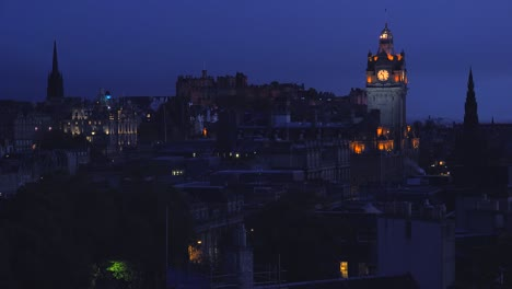 An-establishing-shot-of-Edinburgh-Scotland-at-night