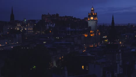 An-establishing-shot-of-Edinburgh-Scotland-at-night-2