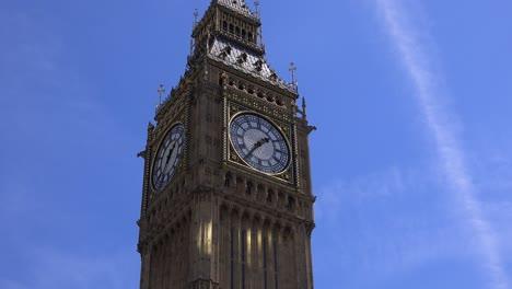 Establishing-shot-of-Big-Ben-London-England
