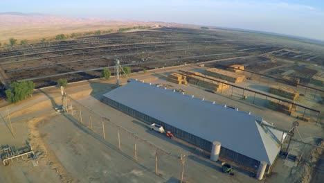 Aerial-over-a-vast-cattle-slaughterhouse-in-Central-California