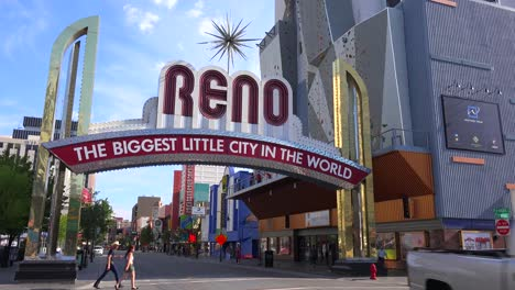 Reno-Nevada-gateway-arch-welcomes-visitors-to-the-biggest-little-city-in-the-world