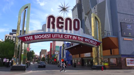 Reno-Nevada-gateway-arch-welcomes-visitors-to-the-biggest-little-city-in-the-world-1