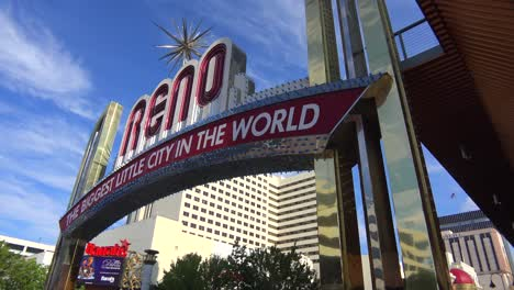 Reno-Nevada-gateway-arch-welcomes-visitors-to-the-biggest-little-city-in-the-world-2