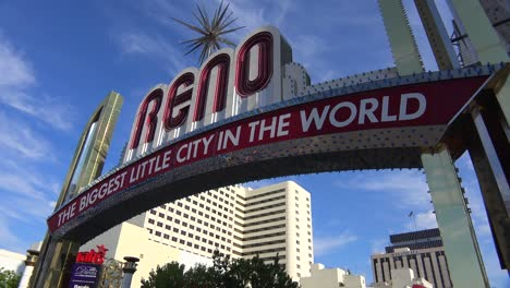 Reno-Nevada-gateway-arch-welcomes-visitors-to-the-biggest-little-city-in-the-world-3
