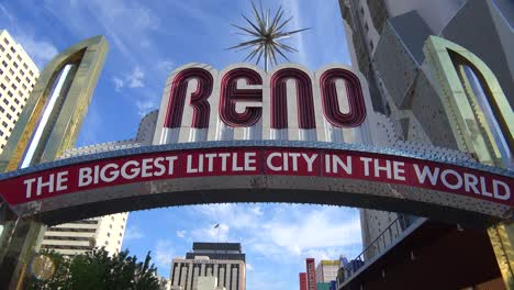 Reno-Nevada-gateway-arch-welcomes-visitors-to-the-biggest-little-city-in-the-world-4