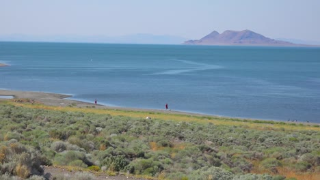An-establishing-shot-of-Pyramid-Lake-Nevada