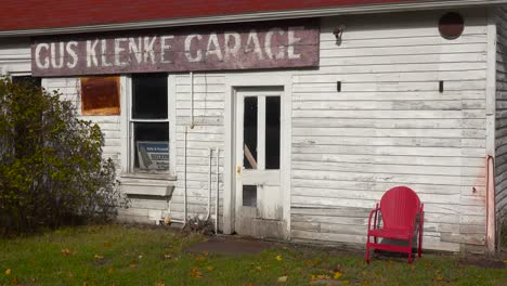 An-attractive-old-weathered-garage-along-a-rural-road-in-America
