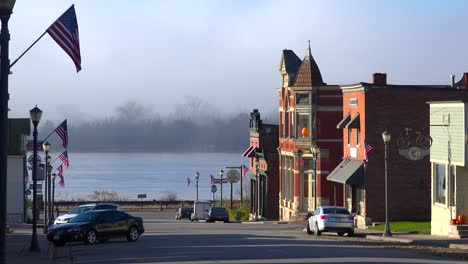 The-quaint-town-of-Trempealeau-Wisconsin-along-the-Mississippi-River