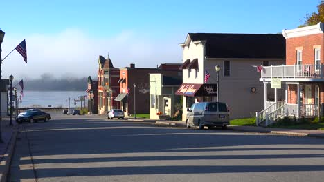 The-quaint-town-of-Trempealeau-Wisconsin-along-the-Mississippi-River-1