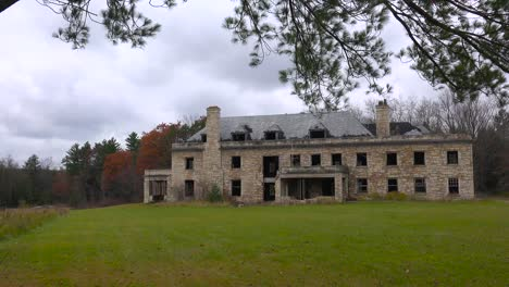 An-abandoned-and-spooky-old-boarding-school-in-the-countryside